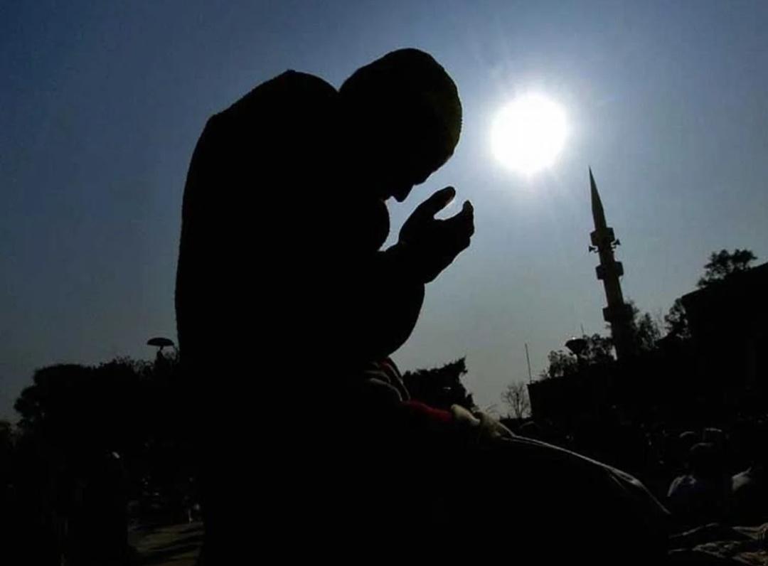 हम घरों में तरावीह और ईद की नमाज़ अदा कर सकते हैं: सऊदी ग्रैंड मुफ्ती 10