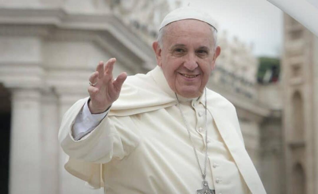 पोप फ्रांसीस ने कहा- 'कोविड-19 को खत्म करने के लिए दुआ और रोज़ा रखिए'