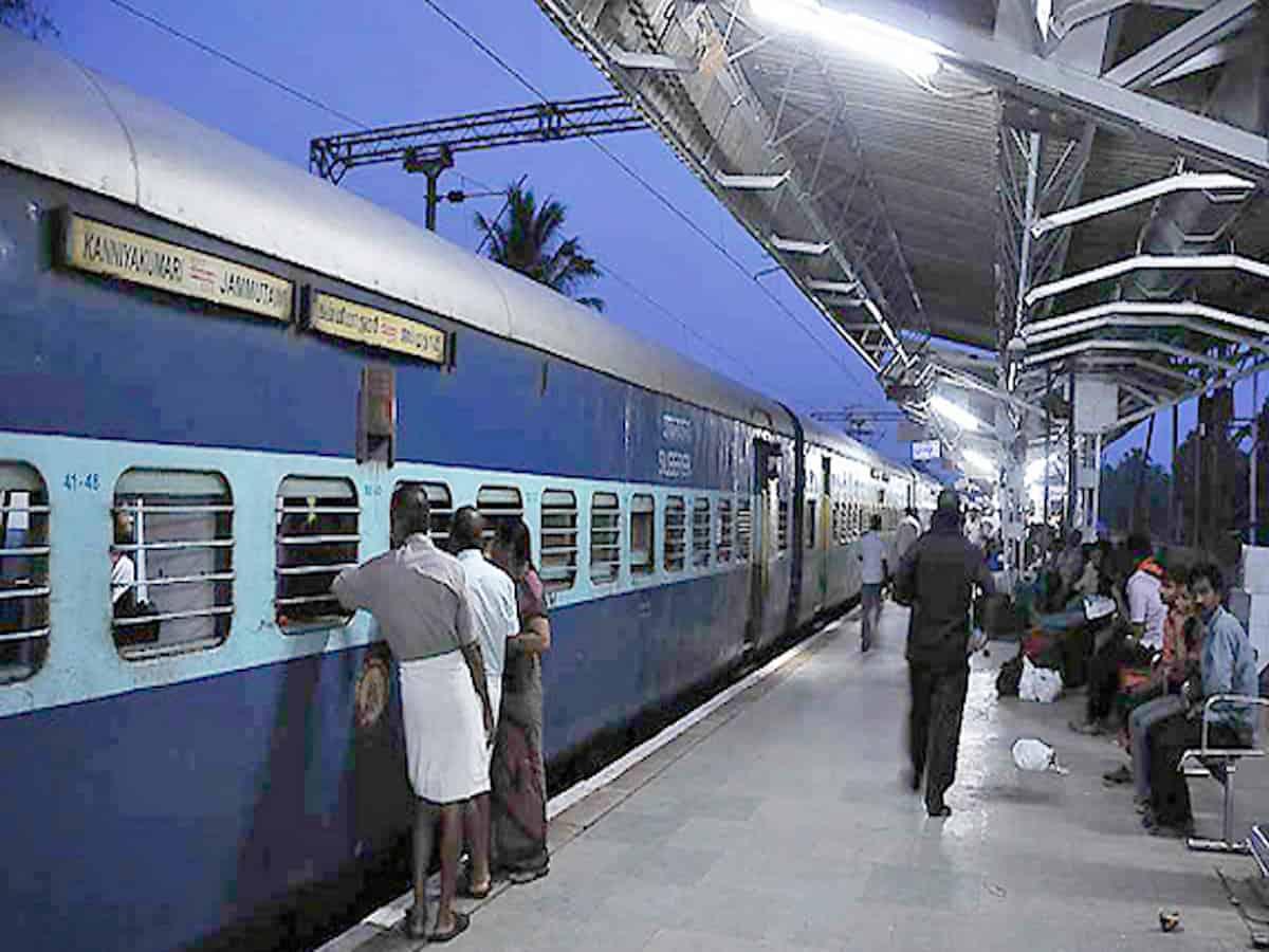 रेलवे 200 और ट्रेनें चला सकती है! 17