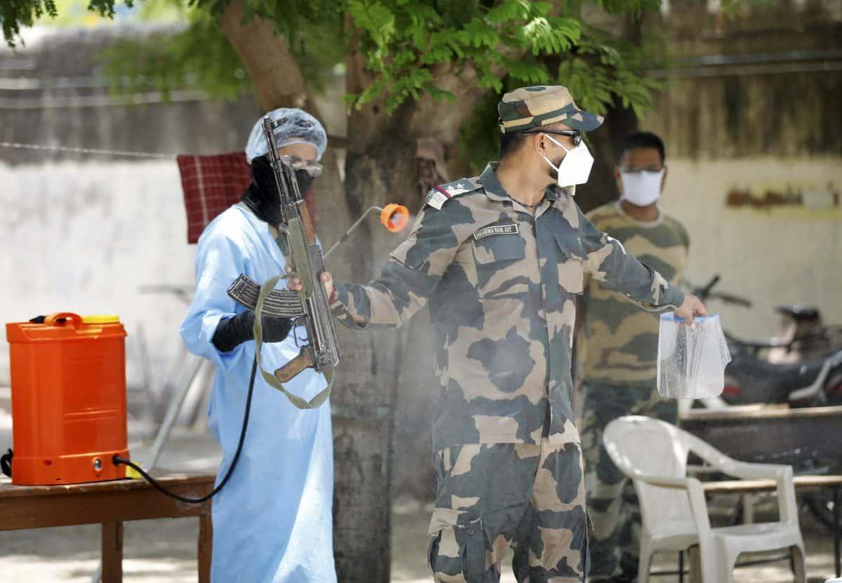 अहमदाबाद में कोरोना वायरस के 299 नए मामले, 20 की मौत 9