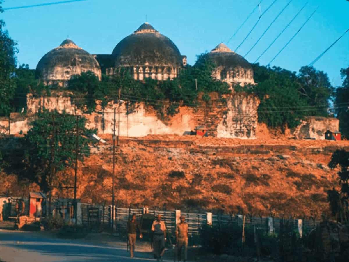 मूर्ति रखने से  मस्जिद की हैसियत नहीं बदलती- मुस्लिम पर्सनल लॉ बोर्ड 5