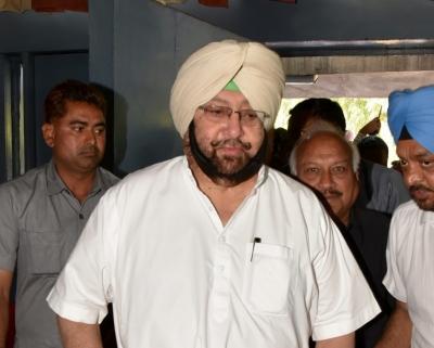 पंजाब कांग्रेस में गुटबाजी : पैनल ने सोनिया को सौंपी रिपोर्ट, मुख्यमंत्री बने रहेंगे अमरिंदर 1