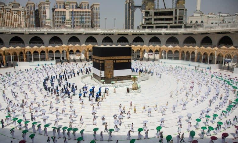सऊदी अरब में हज यात्रा शुरू, सिर्फ इतने लोगों को इजाजत ! 20