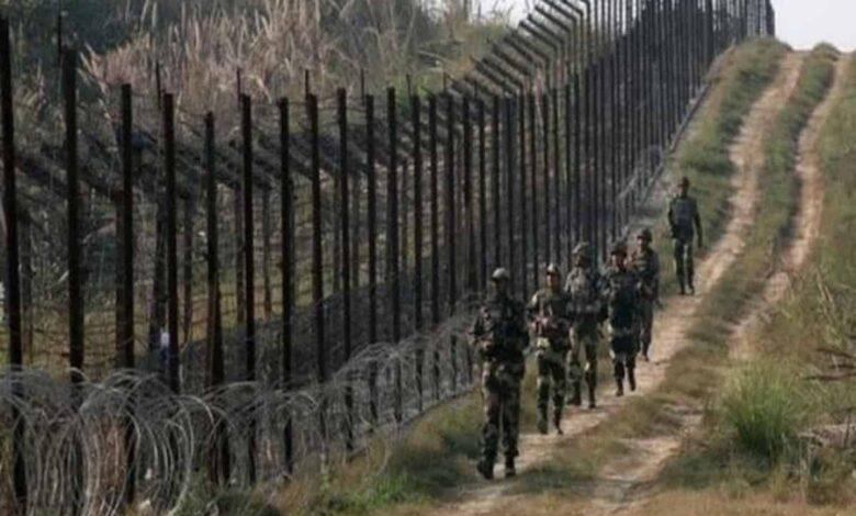 एलओसी पर सेना ने कई ठिकानों का भंडाफोड़ किया 2