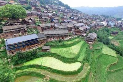 चीन गरीबी उन्मूलन लक्ष्य के करीब