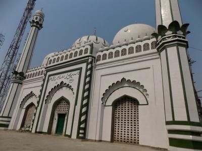 अयोध्या में मस्जिद के लिए जमीन पर मिला कब्जा