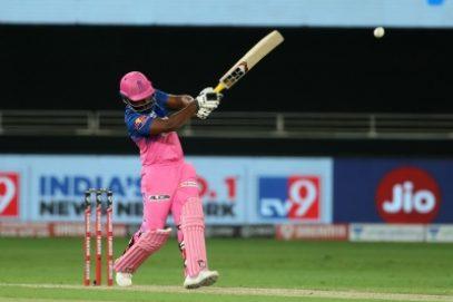 आईपीएल 14 : राजस्थान का टॉस जीतकर पहले गेंदबाजी का फैसला किया (लीड-1)