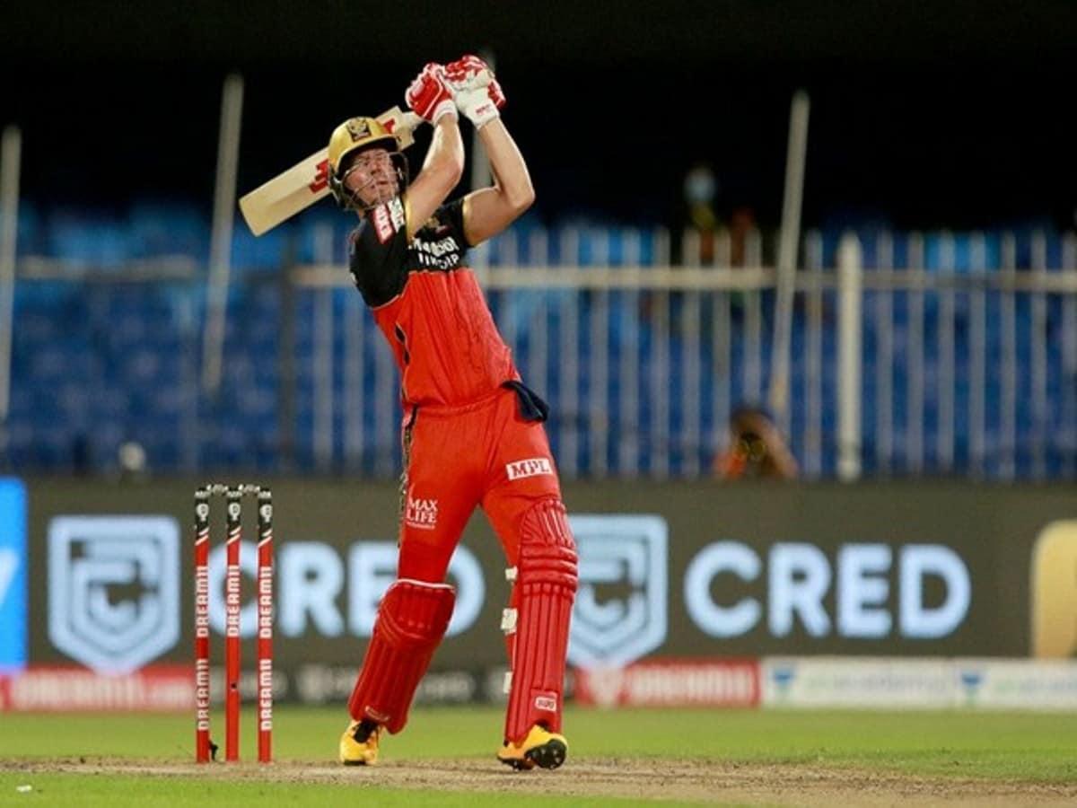 आईपीएल : एबी डी विलियर्स की तूफानी पारी, आरसीबी ने केकेआर को दिया 195 का लक्ष्य 16