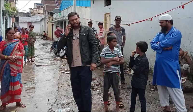 हैदराबाद बाढ़: डर के साए में जी रहे पीड़ित  !