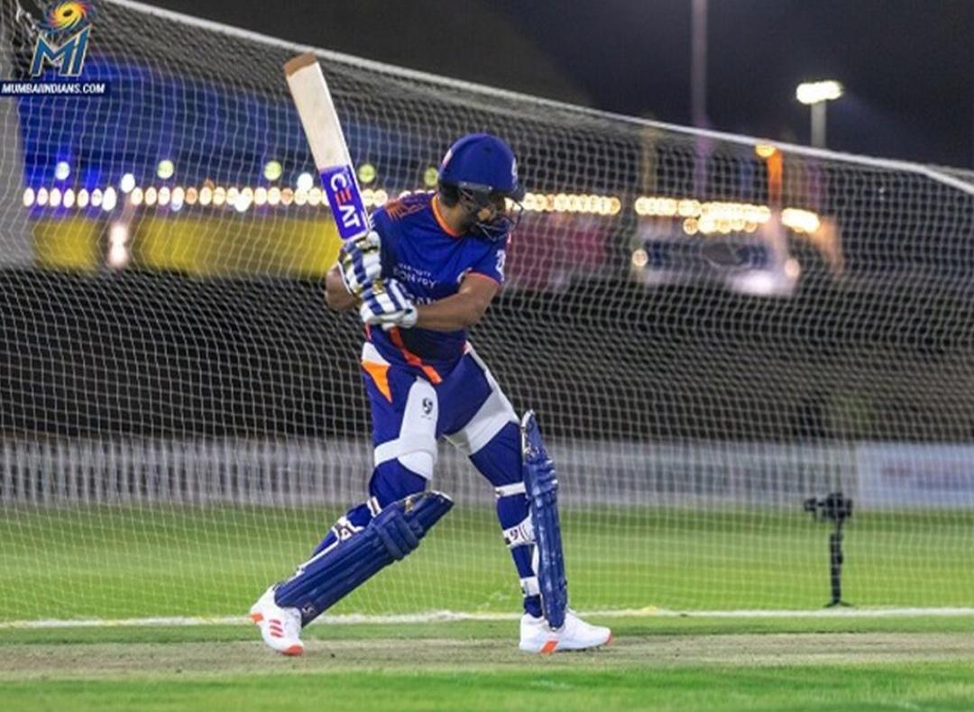 IPL 2020: रोहित शर्मा की वापसी, MI ने SRH के खिलाफ़ किया पहले बल्लेबाजी का फैसला! 10