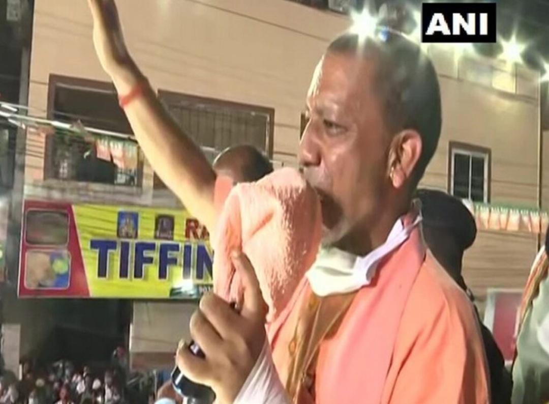 हैदराबाद निकाय चुनाव: योगी आदित्यनाथ ने किया रोड शो! 1