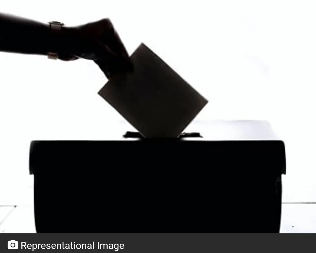 GHMC चुनाव: मतदान जारी, दिग्गजों ने डाला वोट! 1
