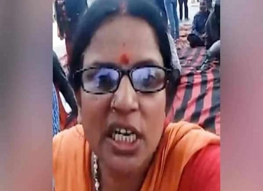 हिन्दुत्व नेता रागिनी तिवारी ने किसानों के खिलाफ़ हिंसा का इस्तेमाल करने की चेतावनी दी! 2