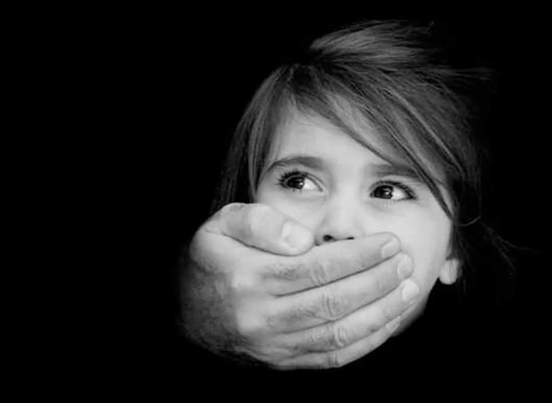 तेलंगाना: हेडमास्टर पर छात्राओं से बलात्कार का आरोप, मामला दर्ज! 2