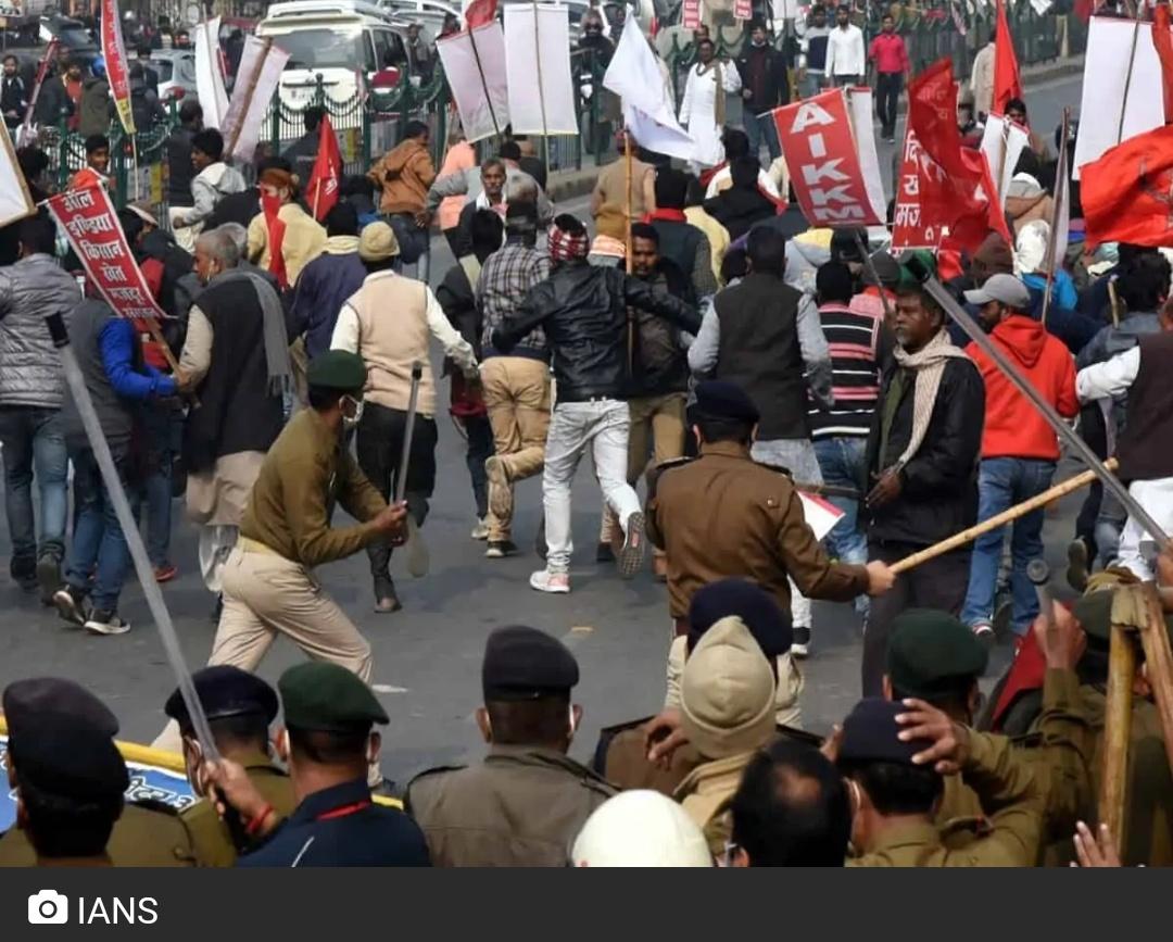 पटना में किसानों का मार्च! पुलिस ने चलाई लाठियां! 8