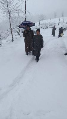 जम्मू-कश्मीर, लद्दाख में शुक्रवार से दोबारा हिमपात की संभावना