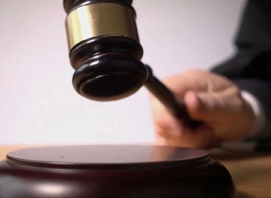 इलाहाबाद हाईकोर्ट ने सीएम योगी पर टिप्पणी करने वाले शख्स को गिरफ्तार करने पर रोक लगाई! 6