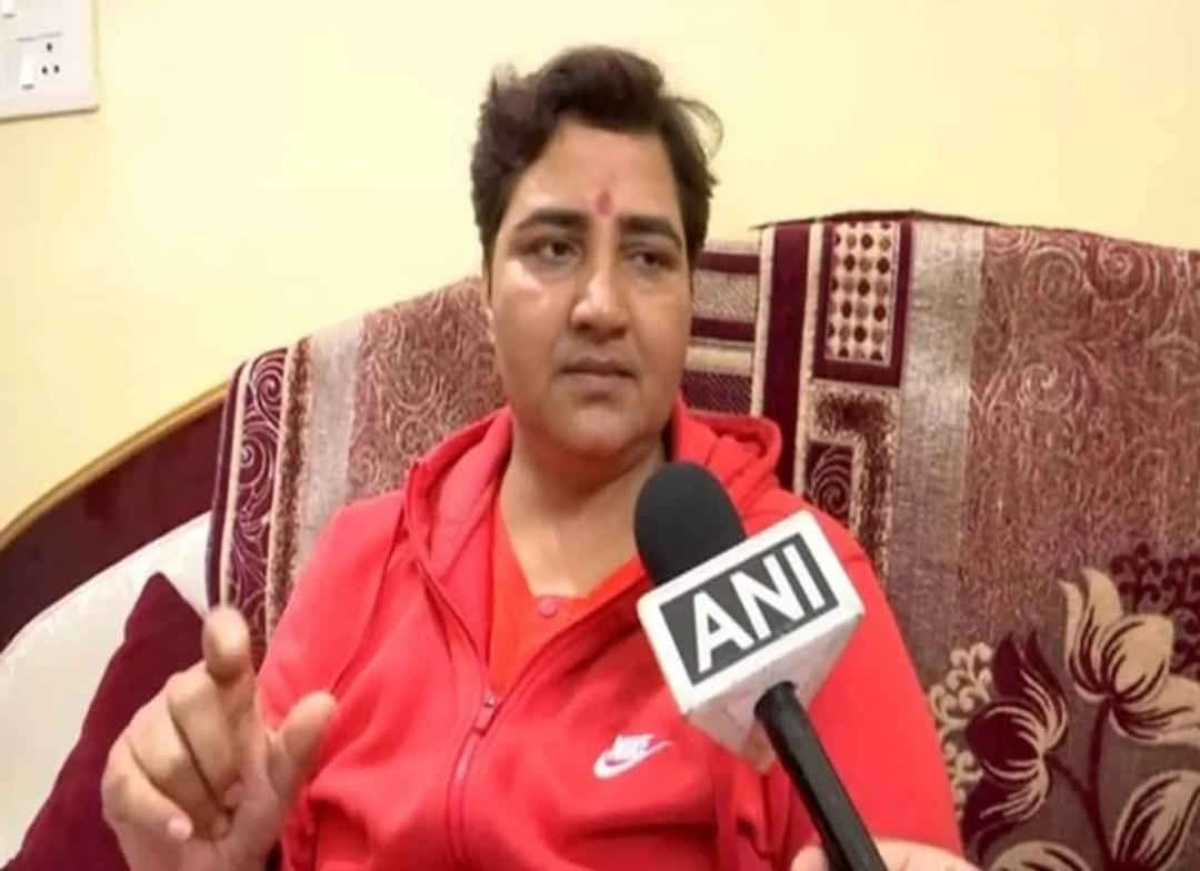साध्वी प्रज्ञा सिंह ठाकुर की शिकायत पर मानवाधिकार आयोग ने पुलिस महानिदेशक को समन! 15