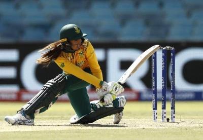 पहला टी20 :  द. अफ्रीकी महिलाओं ने भारत को 8 विकेट से हराया (लीड-1)