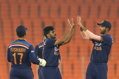 अहमदाबाद टी20 : बल्लेबाजों और गेंदबाजों ने भारत को 3-2 से दिलाई सीरीज (राउंडअप) 1