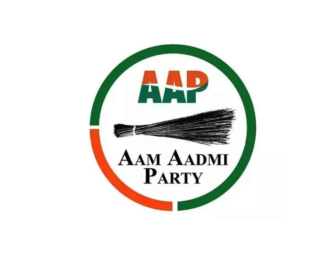 गुजरात निकाय चुनाव में कामयाबी के बाद गुजरात में जमीन तलाश रही AAP! 3