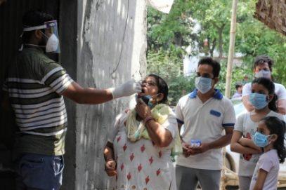 भारत की कोविड मरीजों की संख्या 4.03 लाख तक पहुंची, 24 घंटे में 4,092 की मौत (लीड-1)