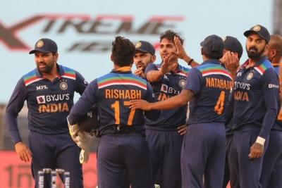 श्रीलंका में कोरोना के बढ़ते मामले से भारत का दौरा खतरे में