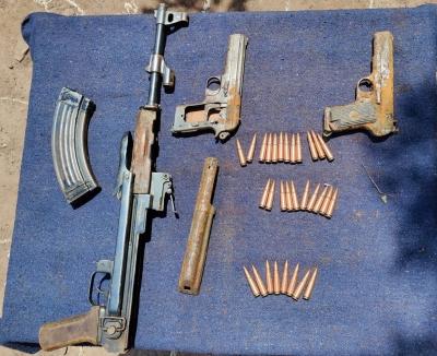 जम्मू-कश्मीर : हथियार तस्करी की कोशिश नाकाम, 2 आतंकी साथी गिरफ्तार