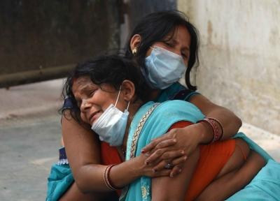 महाराष्ट्र में कोविड के मामलों व मौतों में इजाफा, अब तक 97 हजार से ज्यादा मरे