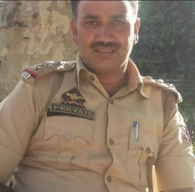 जम्मू-कश्मीर : 2 आतंकियों ने पिस्तौल से की पुलिस इंस्पेक्टर की हत्या