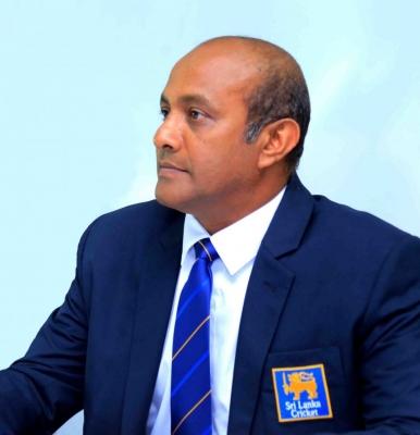 श्रीलंका की महिला क्रिकेट टीम के मुख्य कोच बनाए गए तिलकरत्ने