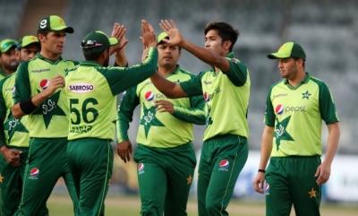 इंग्लैंड जाने से पहले 5 दिनों तक क्वारंटीन में रहेगी पाकिस्तानी टीम