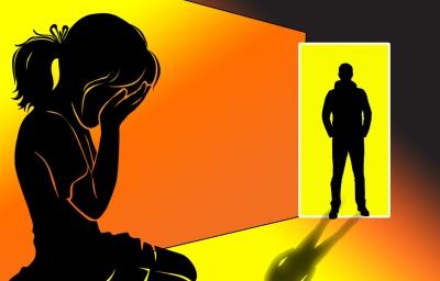 यूपी में गन्ने के खेत में नाबालिग लड़की से छेड़छाड़ के आरोप में पांच गिरफ्तार