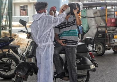 भारत में कोरोना के 70 हजार नए मामले 31 मार्च के बाद सबसे कमं 1
