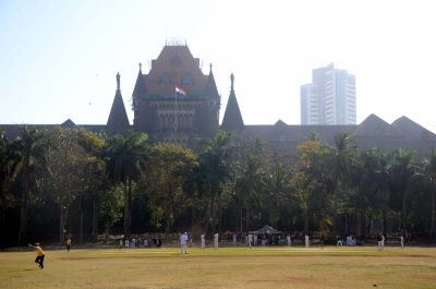बॉम्बे हाईकोर्ट का निर्देश : महाराष्ट्र सरकार फर्जी टीकाकरण रैकेट का पदार्फाश करे