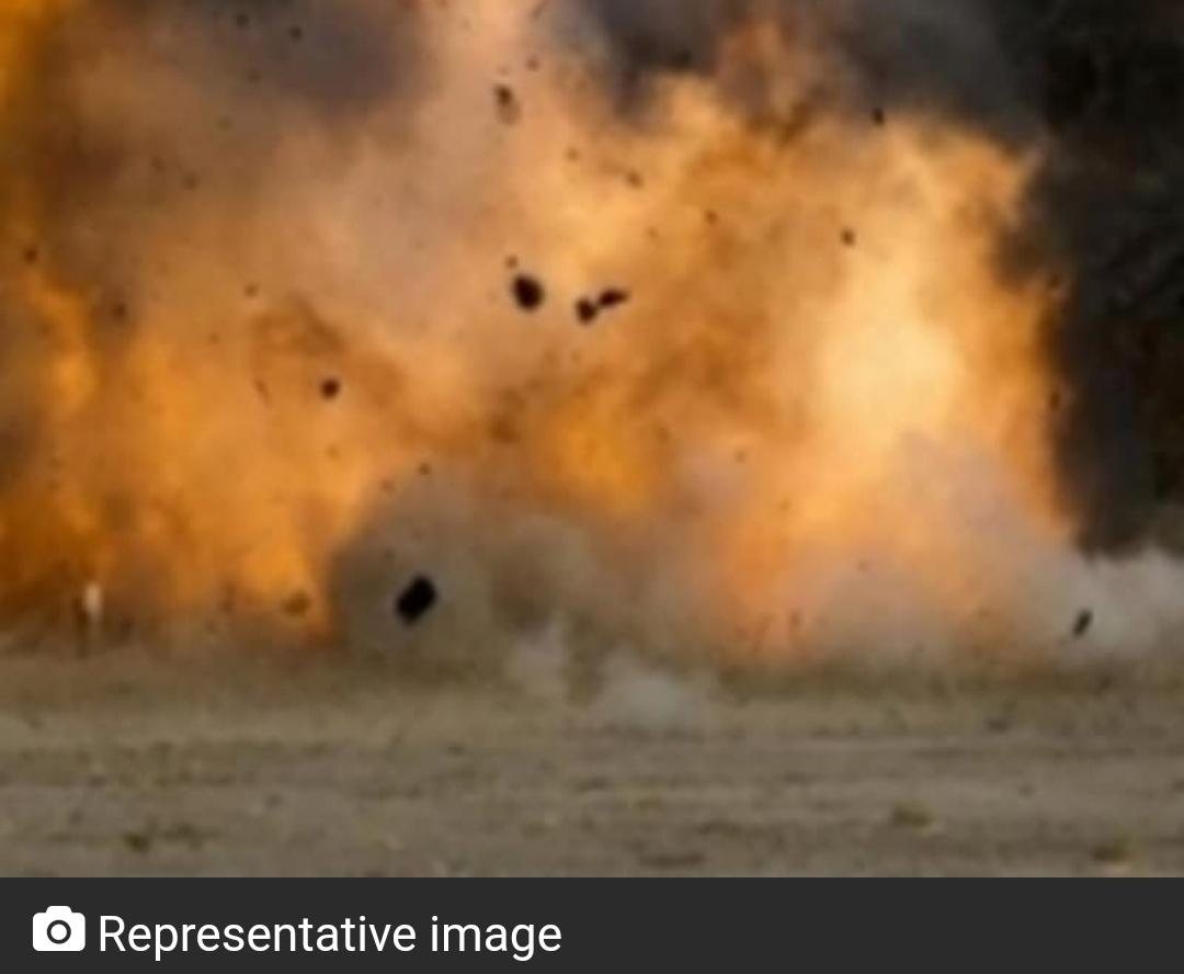बिहार के बांका में मस्जिद के पास विस्फोट; कई घायल 20