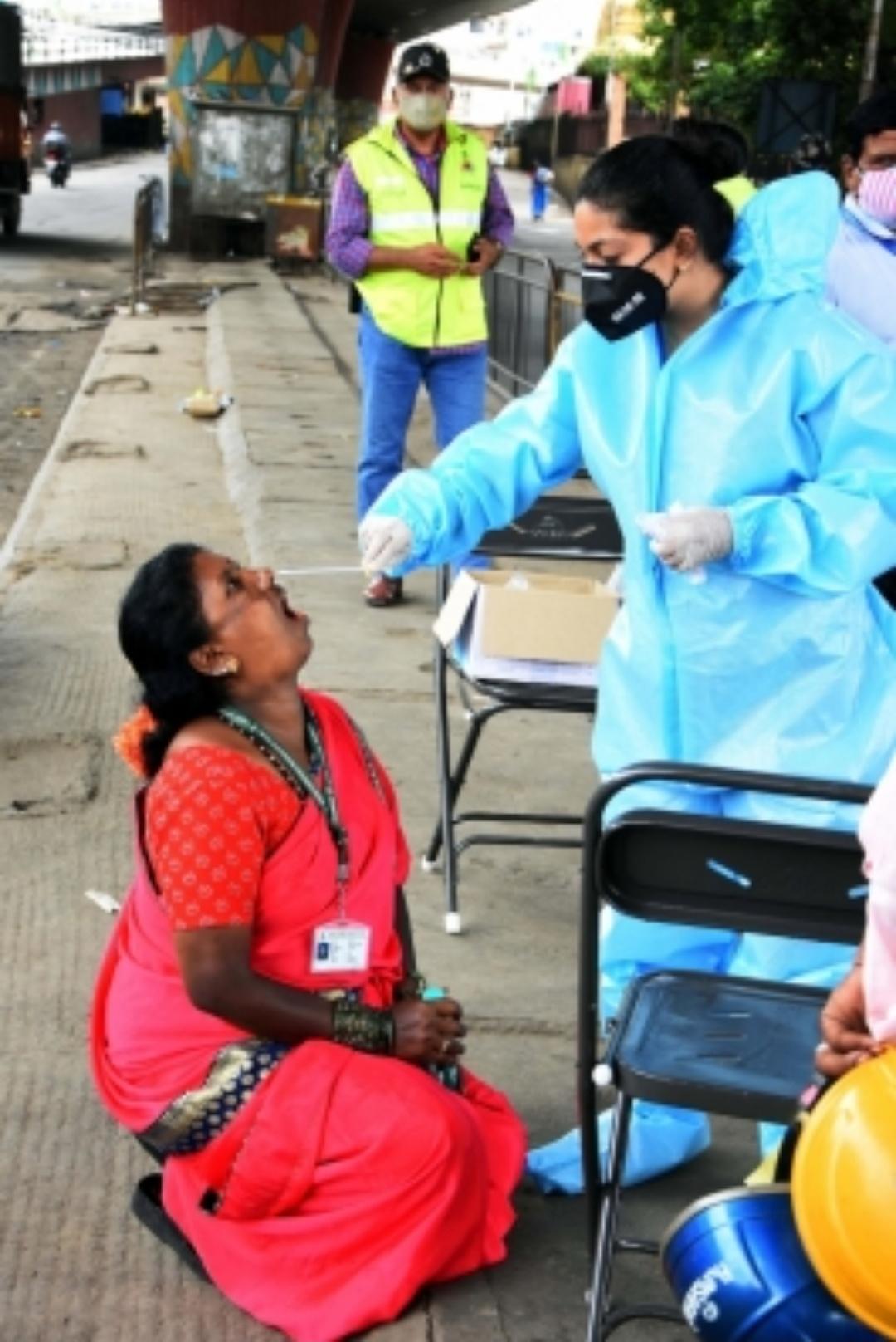 कर्नाटक में 194 मौतों के साथ 11,042 नए कोविड मामले दर्ज! 13