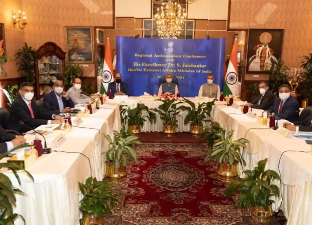 जयशंकर ने खाड़ी देशों में भारतीय राजदूतों के साथ की बैठक, व्यापारिक हितों पर की चर्चा! 16