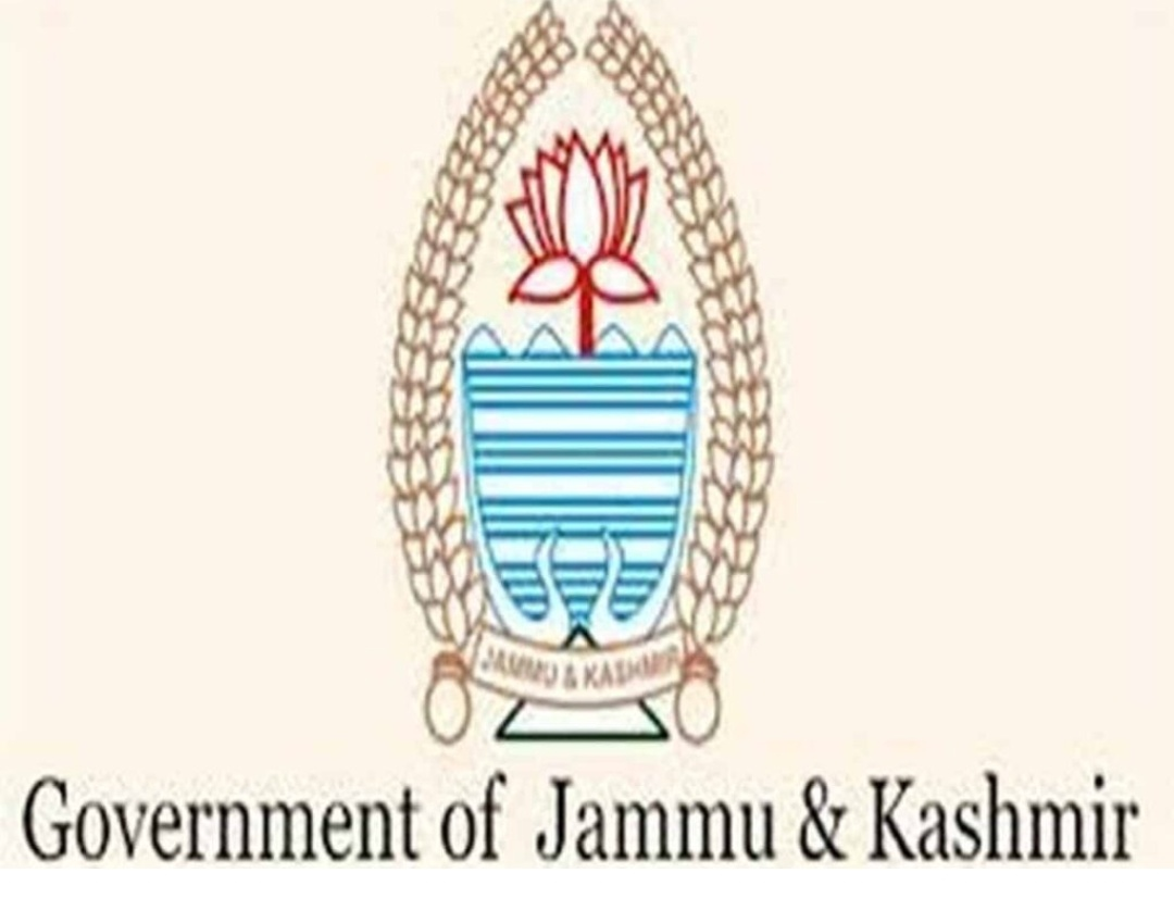 जम्मू-कश्मीर : 'राष्ट्र विरोधी' गतिविधियों के आरोप में 11 सरकारी कर्मचारी बर्खास्त 7