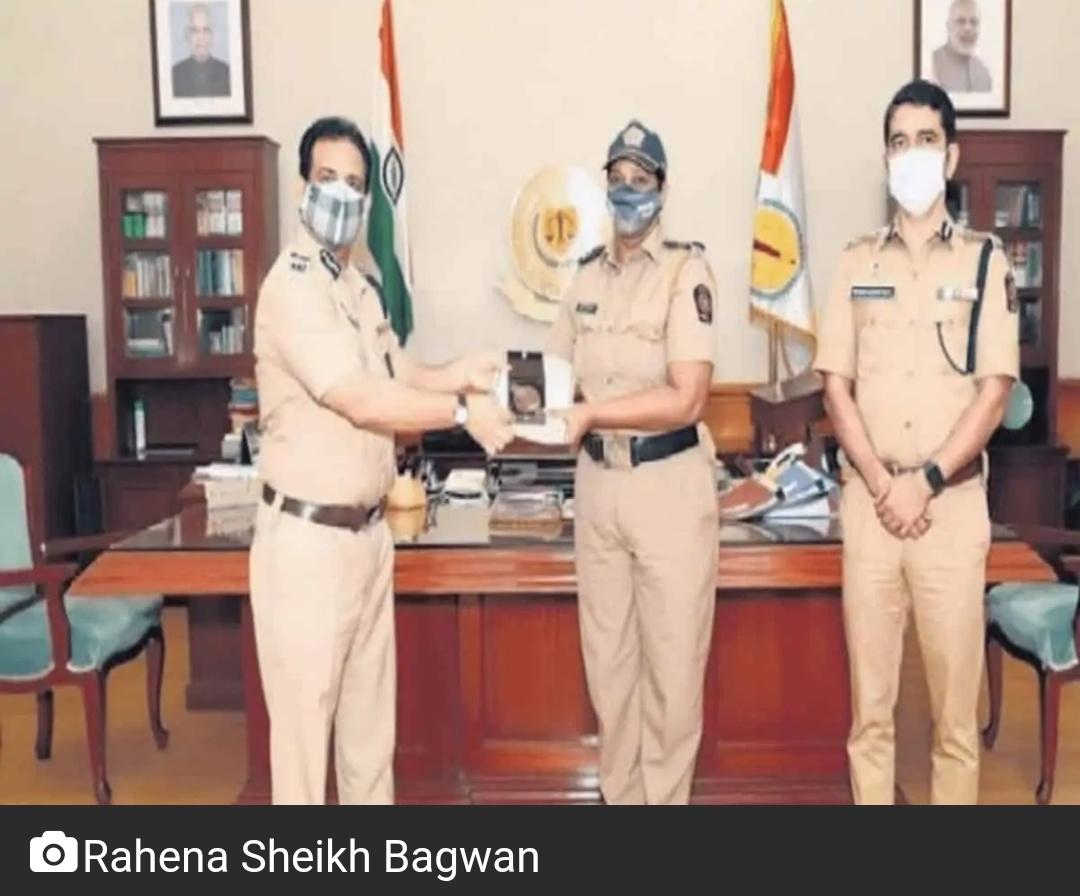 मुंबई पुलिस रेहान शेख ने COVID-19 महामारी के बीच 50 आदिवासी बच्चों को गोद लिया! 7