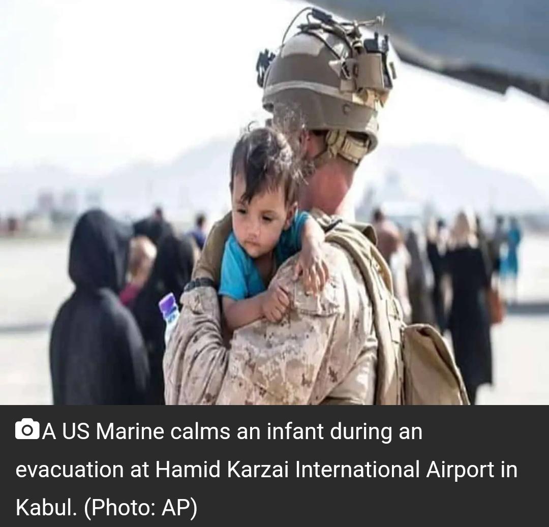 काबुल हवाईअड्डे पर ब्रिटेन, अमेरिकी सैनिकों पर हमला कर सकता है इस्लामिक स्टेट: रिपोर्ट 6
