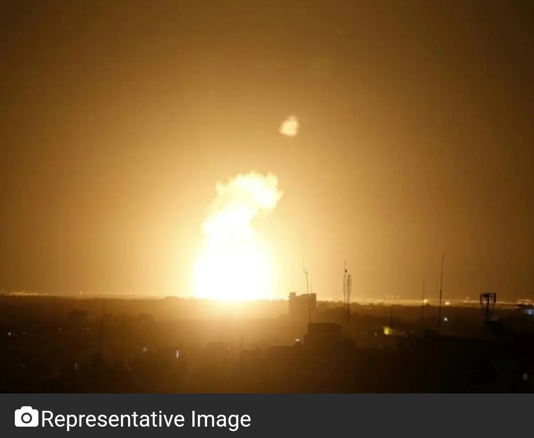 इज़राइल के लड़ाकू विमानों ने गाजा में हमास के ठिकानों पर किया हमला! 18