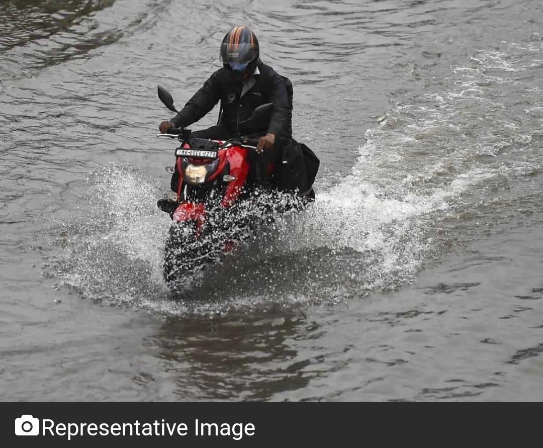 तेलंगाना में भारी बारिश ने 8 लोगों की जान ली! 9