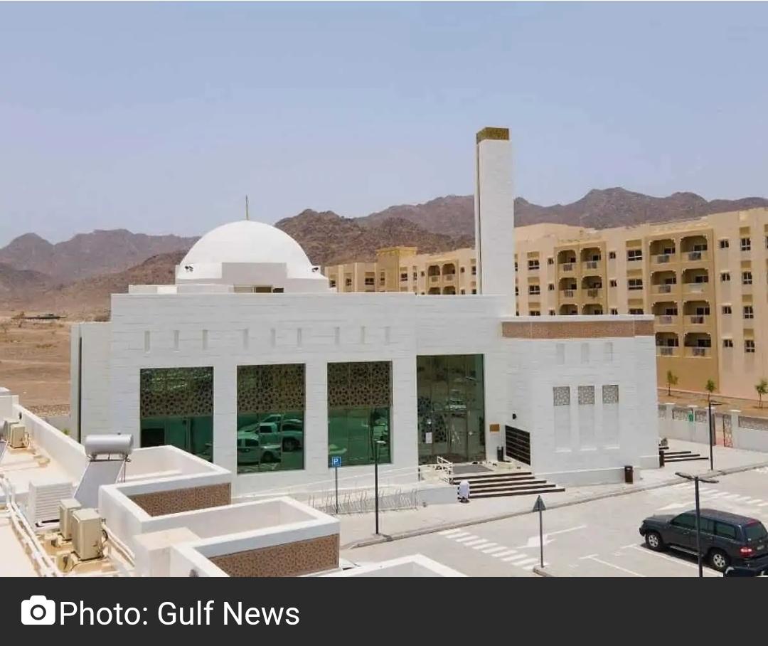 दुबई में खुली दुनिया की पहली 'ग्रीन मस्जिद' 15