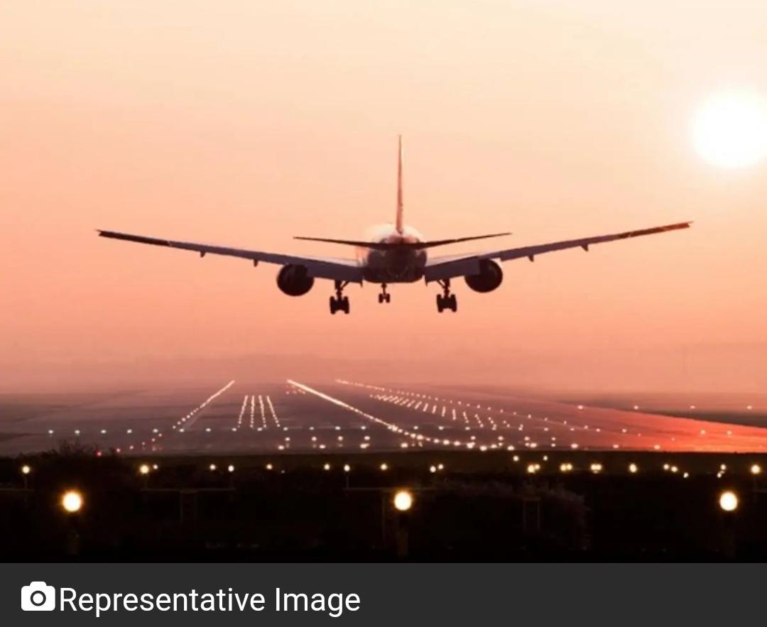 बम की धमकी के बाद दिल्ली के IGI एयरपोर्ट पर अलर्ट 9
