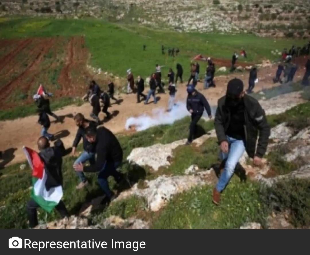 वेस्ट बैंक में इजरायली सैनिकों ने फिलीस्तीनी व्यक्ति की हत्या, दर्जनों घायल 3