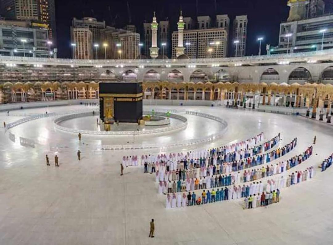 सऊदी अरब: ग्रैंड मस्जिद ने उमराह के लिए 1 लाख तीर्थयात्रियों की क्षमता बढ़ाई! 13