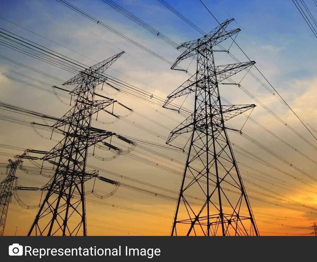 हैदराबाद : भारी बारिश से बिजली आपूर्ति बाधित 20