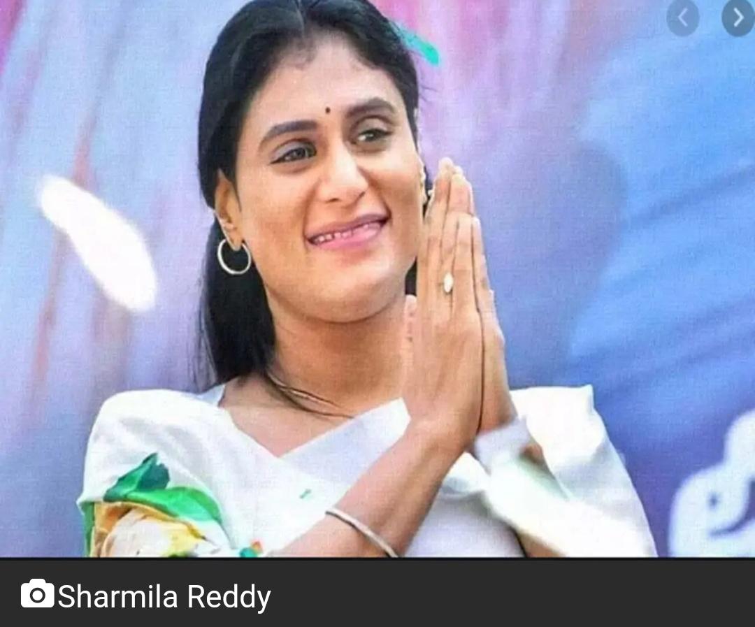 शर्मिला ने तेलंगाना में पदयात्रा शुरू की 9