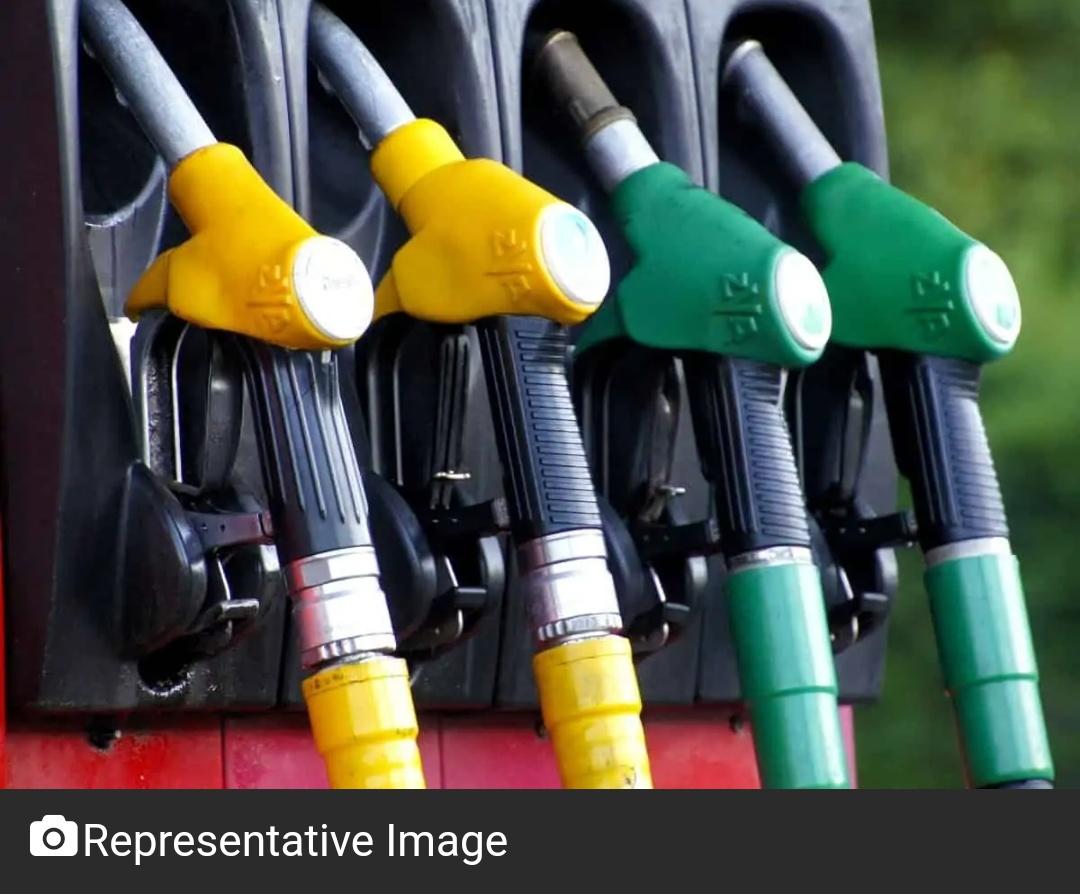 हैदराबाद में पेट्रोल, डीजल की कीमतों में एक बार फिर बढ़ोतरी! 6